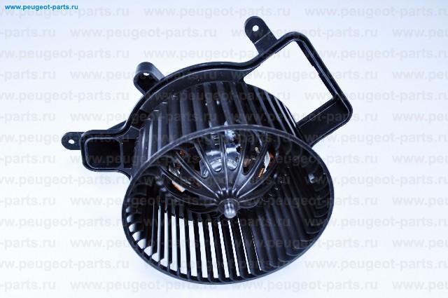 Мотор вентилятора отопителя (печки) PSA 3008,5008,DS5